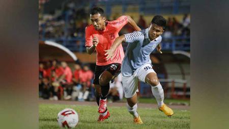 Klub Liga 2, Sulut United, berhasil menahan imbang klub elite Liga 1, Borneo FC, pada laga uji coba yang dihelat di Stadion Segiri, Samarinda, Selasa (18/02/20) malam. - INDOSPORT