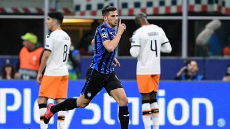 Pertandingan leg pertama 16 besar Liga Champions antara Atalanta vs Valencia, pada 20 Februari lalu di San Siro dituduh sebagai penyebab penyebaran Corona. - INDOSPORT