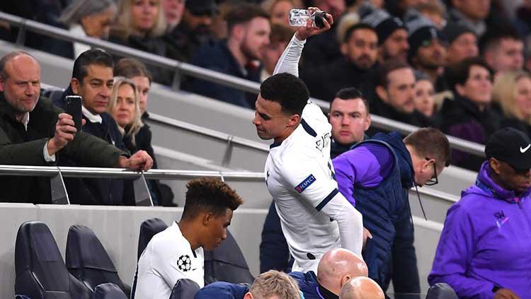 Momen Dele Alli Ngamuk Sampai Banting Botol di Laga Tottenham vs Leipzig