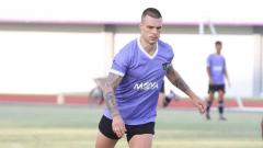 Indosport - Pemain asal Ukraina milik Persita Tangerang, Yevhen Budnik.