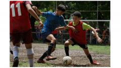 Indosport - Akademi PSM Makassar menjaring 51 pesepakbola muda hasil seleksi di Lapangan Karebosi, Makassar, 17-19 Februari 2020.