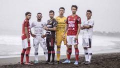 Indosport - Jersey baru Bali United.