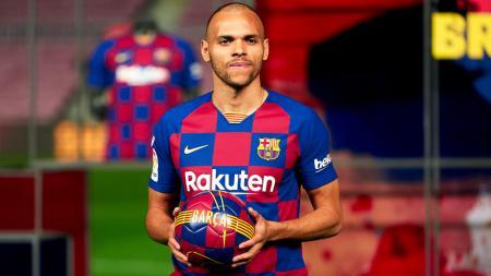 Klub LaLiga Spanyol Barcelona telah meresmikan kedatangan Martin Braithwaite yang diboyong seharga 18 juta euro (265 miliar rupiah). - INDOSPORT