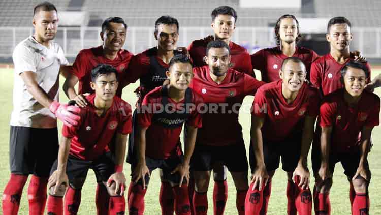 Timnas Senior Indonesia dikalahkan Persita Tangerang 1-4 pada laga uji coba di Stadion Madya Senayan, Jumat (21/02/20). Copyright: Herry Ibrahim/INDOSPORT