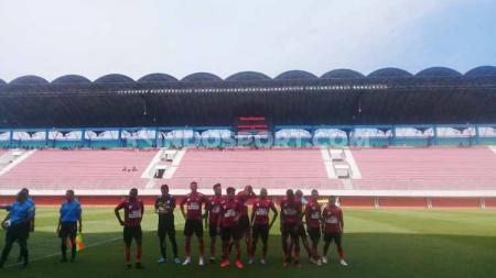 Didukung sejumlah fasilitas termasuk tiga stadion, Yogyakarta bisa menjadi host lanjutan Liga 1. Asprov PSSI DIY angkat bicara. - INDOSPORT