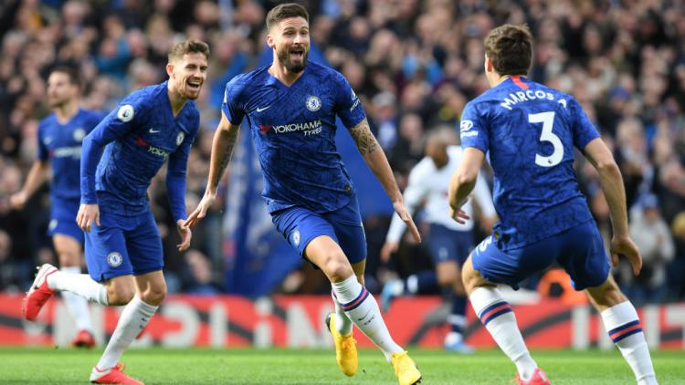 Olivier Giroud merayakan golnya ke gawang Tottenham Hotspur Copyright: Darren Walsh/Chelsea FC via Getty Images