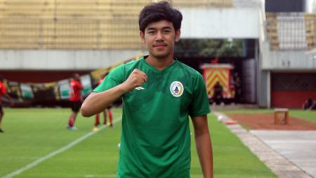 M. Luthfi Kamal Baharsyah kala berseragam PSS Sleman pada Liga 1 2020 lalu. - INDOSPORT