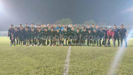 Klub Liga 1 Tira Persikabo mengurungkan kembali menggelar latihan hari ini. Kini tim berjuluk Laskar Pajajaran resmi memperpanjang libur mereka. - INDOSPORT