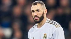Indosport - Tersandung skandal video seks Mathieu Valbeuna selaku striker Timnas Prancis, Karim Benzema berpeluang tak bisa bela klub LaLiga Spanyol, Real Madrid.