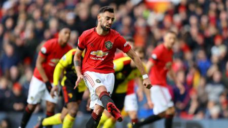 Bruno Fernandes, pemain Manchester United beraksi dalam pertandingan lanjutan Liga Inggris. - INDOSPORT