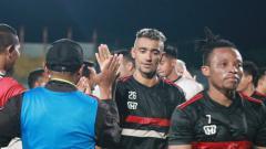 Indosport - Pelatih Madura United, Rahmad Darmawan belum mau menyebut bahwa Bruno Matos sebagai transfer suksesnya meski sang pemain berkontribusi atas kemenangan 4-0 saat menjamu Barito Putera, Sabtu (29/02/20) malam.