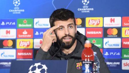Pemain Barcelona, Gerard Pique kurang setuju dengan rencana Presiden Liga, Javier Tebas yang akan mulai melanjutkan LaLiga Spanyol pada 12 Juni mendatang. - INDOSPORT