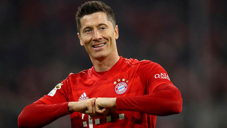 Striker Bayern Munchen, Robert Lewandowski sang penghancur klub Kota London di ajang Liga Champions. Copyright: Alexander Hassenstein/GettyImages