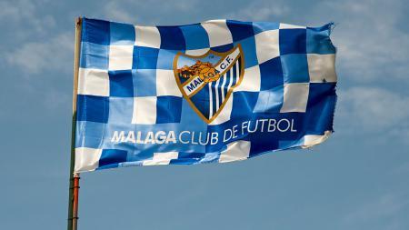Dikabarkan bangkrut, mantan klub sultan LaLiga Spanyol, Malaga harus rela ditinggal oleh beberapa pemainnya. - INDOSPORT