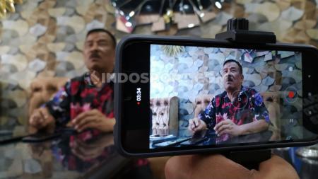 Komisaris PT Persib Bandung Bermartabat (PBB), Umuh Muchtar, belum bisa memberikan komentar terkait kadidat calon untuk mengisi posisi Direktur Utama PT Liga Indonesia Baru (LIB). - INDOSPORT