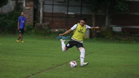Dua pemain asing asal Brasil milik PSIS Semarang yakni Bruno Silva dan Wallace Costa nampaknya tetap akan dibawa Dragan Djukanovic. - INDOSPORT