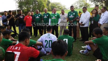 Gubernur Sumut sekaligus Dewan Pembina PSMS Medan, Edy Rahmayadi, saat langsung memberikan motivasi kepada skuat PSMS, Kamis (27/2/2020) sore. - INDOSPORT