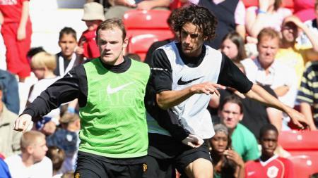 Mantan pemain Manchester United Wayne Rooney tampil sangar ketika ikuti sesi latihan Derby County setelah EFL Championships alami penangguhan lama karena Corona. - INDOSPORT