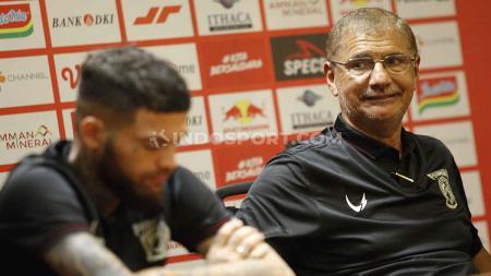 Pelatih Borneo FC, Edson Tavares mengatakan timnya telah siap menantang Persija Jakarta di laga perdana Liga 1 2020. - INDOSPORT