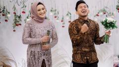 Indosport - Pasangan Andik Vermansah dan Silvia Anggun.