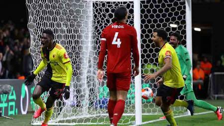 Sukses hancurkan rekor tak terkalahkan Liverpool di Liga Inggris, striker Watford, Troy Deeney sebut satu pemain lawan yang jadi titik lemah. - INDOSPORT