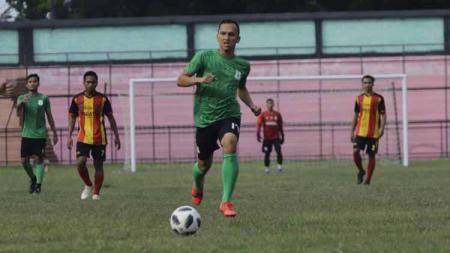Bintang PSMS Medan, Rachmad Hidayat, enggan menganggap remeh tim-tim promosi yang berlaga di Liga 2 2020, khususnya di Wilayah Barat. - INDOSPORT
