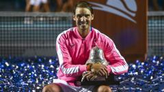 Indosport - Menurut pengakuan sang paman, Rafael Nadal saat ini lebih mementingkan penanganan virus corona ketimbang turnamen tenis yang libur.