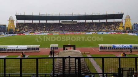 Ketua Umum Viking Persib Club (VPC), Heru Joko, bangga Stadion Si Jalak Harupat dipilih PSSI menjadi salah satu venue untuk Piala Dunia U-20 di tahun 2021. - INDOSPORT