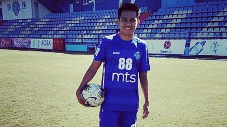 Tak Ingin Kalah dari Egy, Witan Sulaeman Cetak Gol Perdana di FK Radnik Surdulica. - INDOSPORT