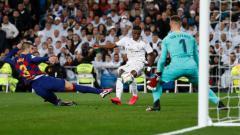 Indosport - Setelah sukses dua kali meredam Barcelona di LaLiga Spanyol 2019-2020, Vinicius Junior selaku bintang Real Madrid mulai sesumbar jika timnya jauh lebih hebat.
