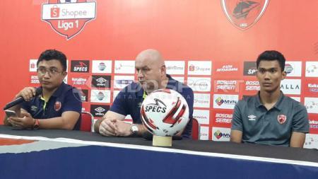 Kiper klub Liga 1 PSM Makassar, Hilmansyah (kanan). - INDOSPORT