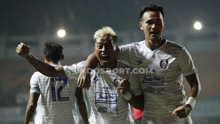 Kushedya Yudo mencetak brace di laga Persikabo vs Arema FC.