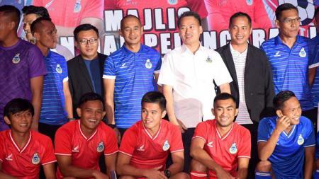 Johor Darul Ta'zim (JDT) baru saja meraih juara Liga Super Malaysia 2020 seusai mengalahkan tim besutan Kurniawan Dwi Yulianto, Sabah FA. - INDOSPORT