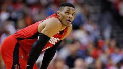 Indosport - Russell Westbrook, pemain bintang basket NBA dari tim Houston Rockets.