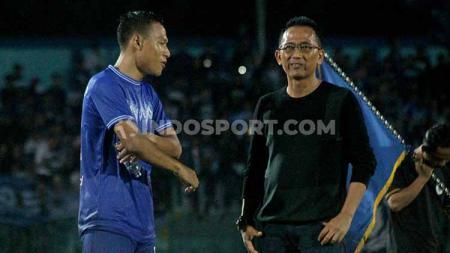 Pemain belakang PSCS Cilacap, Jajang Sukmara, menunggu kejelasan mengenai kompetisi Liga 2 2020, setelah dihentikan saat memasuki pekan pertama. - INDOSPORT
