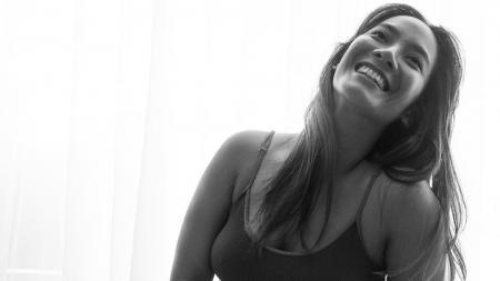 Tara Basro, aktris cantik Indonesia - INDOSPORT