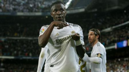 Liverpool dikabarkan kian dekat dengan kemungkinan untuk bisa memboyong bintang muda Real Madrid, Vinicius Junior ke Anfield. - INDOSPORT