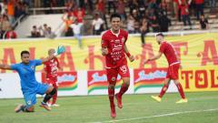 Indosport - Jelang bergulirnya kembali Liga 1, Persija Jakarta pun langsung bergegas membuat program latihan dan bergerak cepat membentuk tim.