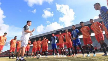 Kena sidak presiden klub, Agustiar Sabran, begini persiapan Kalteng Putra jelang Liga 2 2020. - INDOSPORT