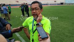 Indosport - Pelatih klub Liga 1 Aji Santoso sudah menerima gaji sebesar 25 persen.
