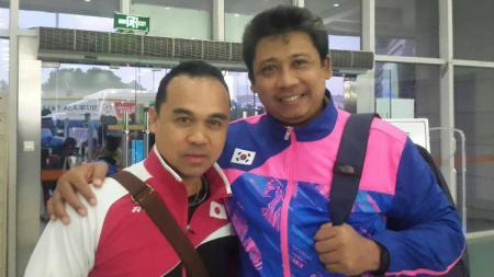 Agus Dwi Santoso (kanan), pelatih bulutangkis bersama Rionny Mainaky. - INDOSPORT