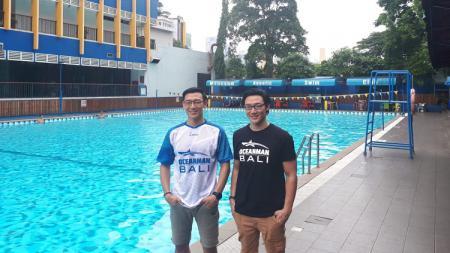 Mantan perenang nasional, Albert dan Felix Sutanto. - INDOSPORT