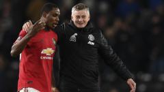 Indosport - Kehilangan Edinson Cavani yang memutuskan untuk hengkang, PSG dikabarkan bakal melakukan manuver transfer untuk membajak bintang baru Manchester United.