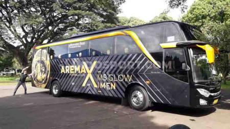 Bus Arema FC untuk Liga 1 musim 2020 lalu. Tim Singo Edan akan kembali meluncurkan bus baru dengan desain khusus musim ini. - INDOSPORT