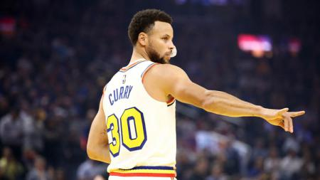 Stephen Curry merupakan megabintang milik Golden State Warriors. Meski sangat populer, ada lima fakta yang jarang diketahui banyak fans NBA tentang Curry. - INDOSPORT