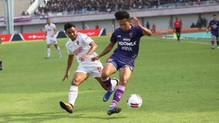 Edo Febriansah, pencetak gol Persita Tangerang. - INDOSPORT
