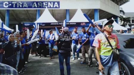 Bertindak sebagai tuan rumah pada seri dua putaran kedua turnamen voli Proliga 2020 mulai dari 6 – 9 Maret 2020 di GOR C-Tra Arena, Bandung, Jawa Barat, Bandung BJB Tandamata pun mendapat dukungan penuh dari para pendukungnya. - INDOSPORT