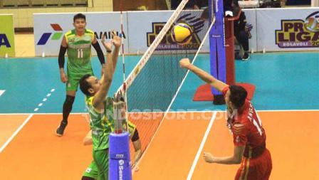 Laga super seru terjadi pada pertandingan antara tim senior dan junior, yakni Palembang Bank Sumselbabel (PBS) versus Jakarta Garuda.