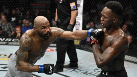 Israel Adesanya vs Yoel Romero di UFC 248. - INDOSPORT
