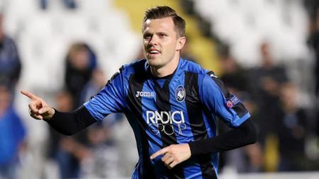 Gelandang Atalanta Josip Ilicic telah menjadi buah bibir pecinta sepak bola internasional setelah tampil gemilang di leg kedua babak 16 besar Liga Champions. - INDOSPORT